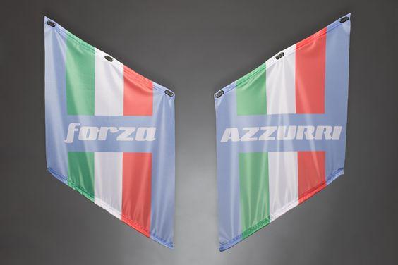 Fahnen | Armfahnen | flags | armflags | Fanartikel | Merchandising | Italien, Italy, Italia | forza AZZURRI für 14,95 Euro