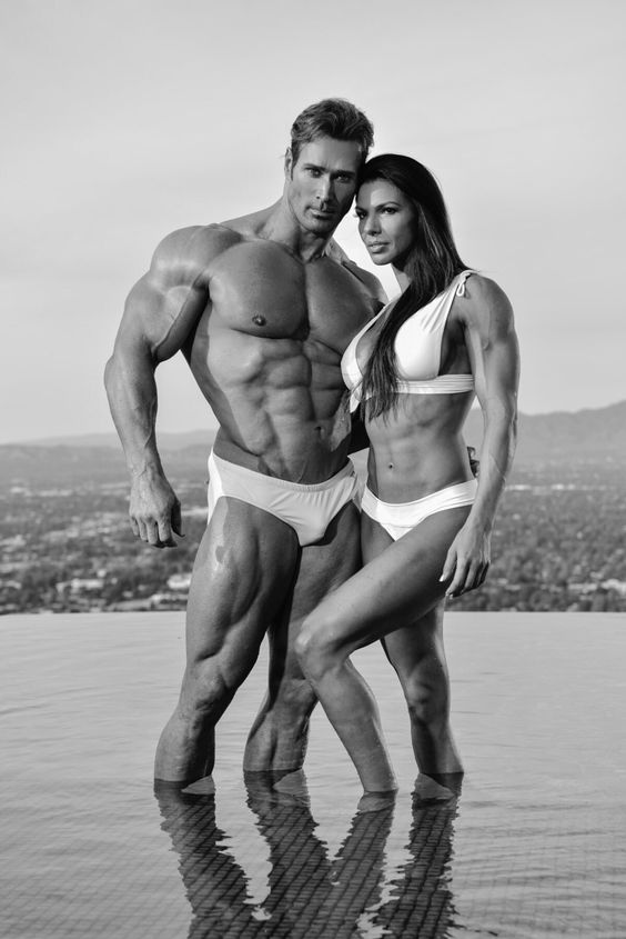 Mike o Hearn and Mona Muresan