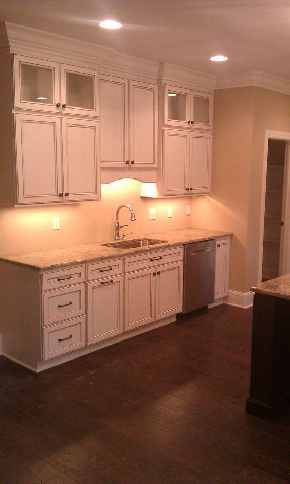 Kitchen Cabinet Homecrest Cabinetry Eastport Maple Door French Vanilla With Mocha Glaze