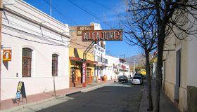 Cafayate es una localidad de los Valles Calchaquíes situada en el sudoeste de la provincia de Salta, norte de la Argentina.  Cabecera del D...