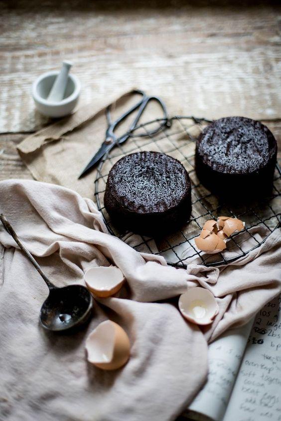 Lavender & earl grey dark chocolate cake + mascarpone earl grey ...