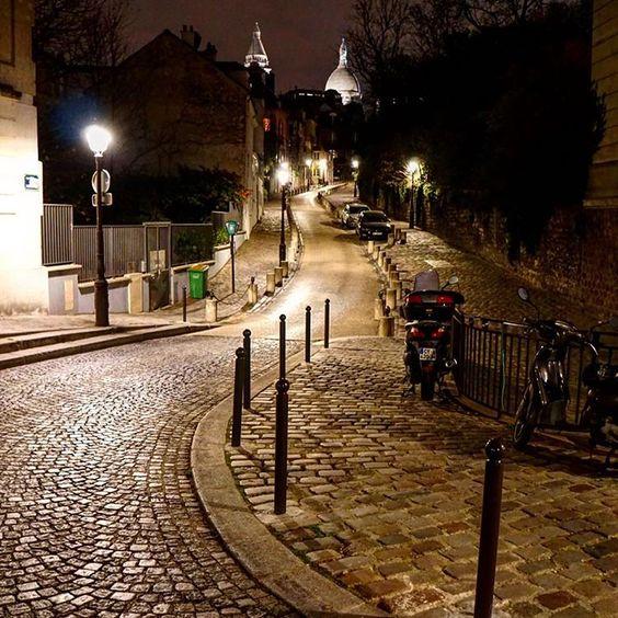 #Montmartre #Paris #street