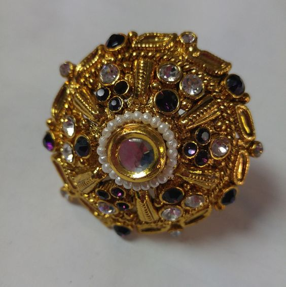 Circle Ring with Silver/Purple Gems (JR017)