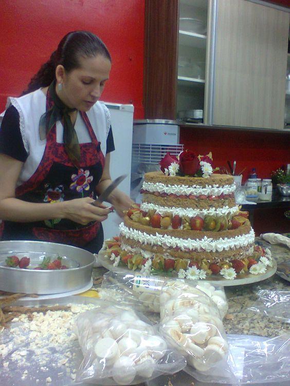 Cake Boss Dirty Icing Recipe : Isamara Amancio - naked cake Cakes, Cupcakes & Cakepops ...