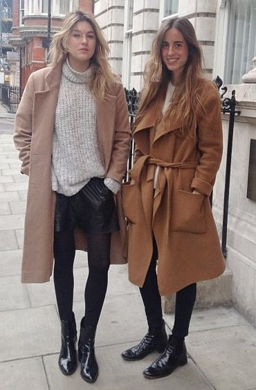 camel double up. Camille & #BertaBernad in London. #CamilleOverTheRainbow: