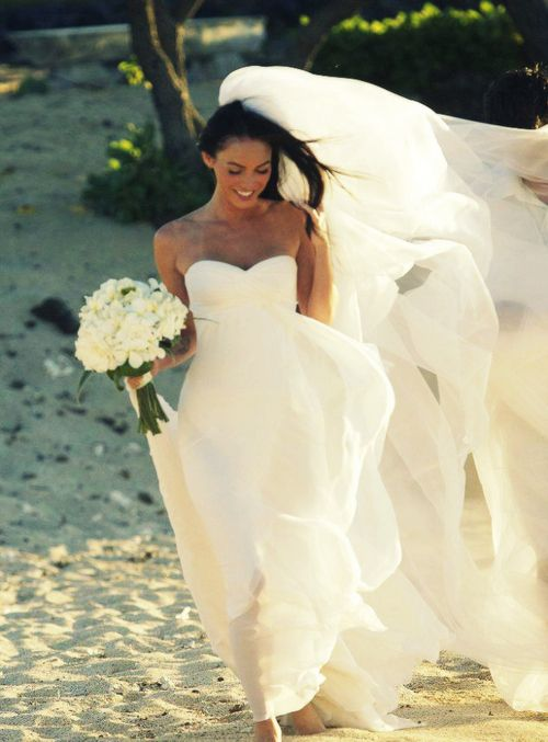Megan Fox - love the dress, the veil and the bouquet.