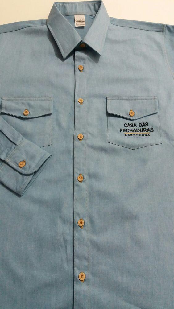 Camisa Social Masculina!!! É disso que estou falando! É  Isso que amamos fazer! Estilo Jeans, slim, acabamentos impecáveis e  botões de madeira