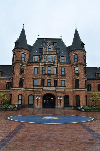"""Stadium High School - Tacoma, Washington - """"10 Things I Hate About You"""" was filmed here."""