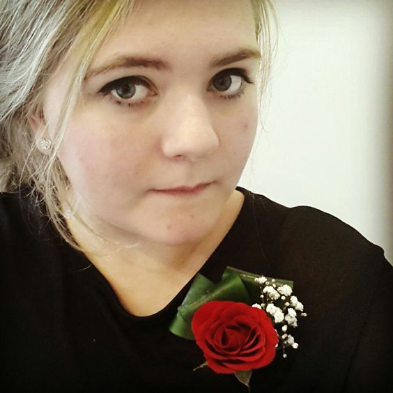 Buttonhole Creation #redroses #gysophilia #accessories #buttonhole #love
