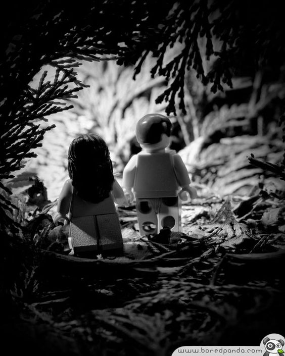 Classics in lego. The Walk to Paradise Garden.