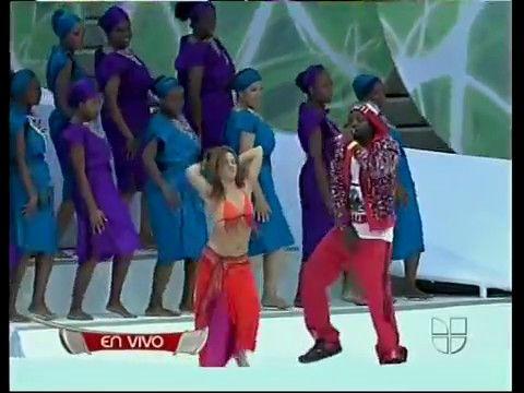 Shakira Hips Dont Lie Bamboo Live At Fifa 2006 World Cup Shakira Hips Shakira Shakira Hips Dont Lie