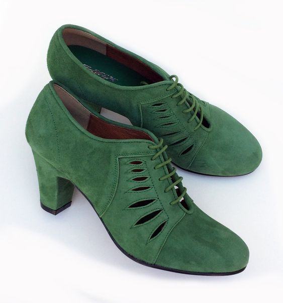 27 Stylish Retro Shoes To Inspire Yourself shoes womenshoes footwear shoestrends