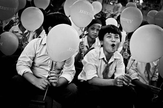 Top Photo LIKE by iconada Malaysian Mobile Phone Television, Wow boy by   haro, http://www.facebook.com/Minh.dnd