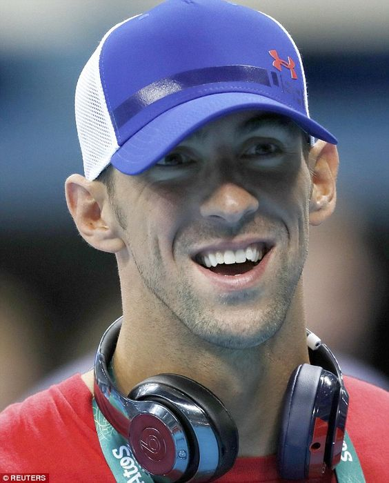 Michael Phelps selected to carry the US flag during opening ceremony