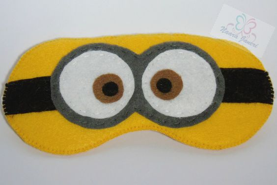 Minion sleep mask m scara minion in felt by naara janeri for Minion mask template