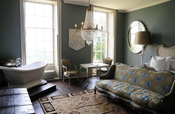 Decorating Trend Bathtubs In The Bedroom Trending Decor Decor Home Decor Decorating trend bathtubs in bedroom