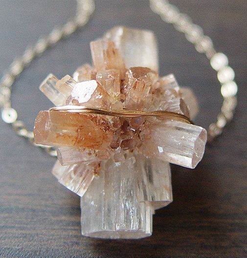 Jewelry inspiration - Vanilla Aragonite Crystal Necklace by friedasophie