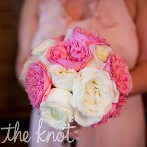 LOVE! #myfauxdiamond #wedding #bride #jewelry  Pink and White Bridesmaid Bouquets
