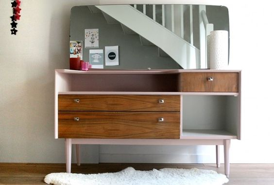 coiffeuse vintage r nov e et relook e par les jolis meubles coiffeuses commodes pinterest. Black Bedroom Furniture Sets. Home Design Ideas