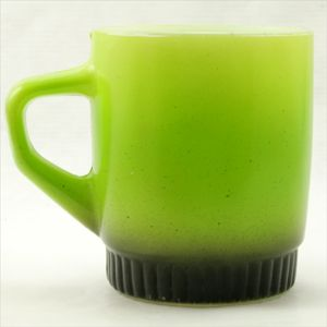 黄緑色のマグカップ /ANCHOR HOCKING