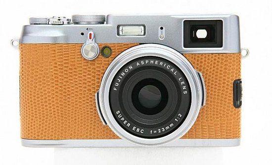 Fujifilm X100 Special Edition in tan leather