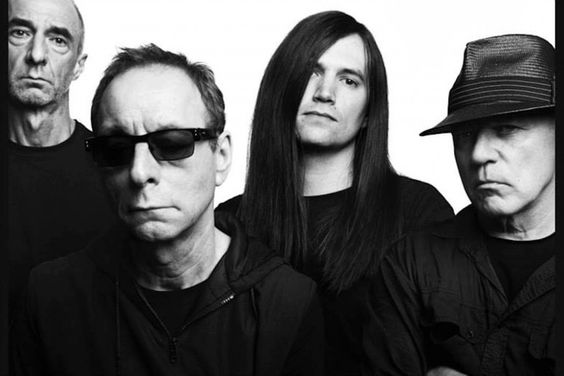 Wire vuelven. Larga vida al post-punk