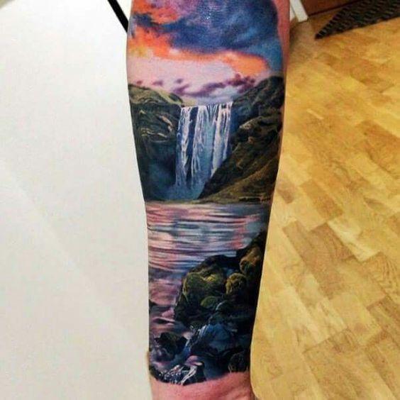 Waterfall Tattoo Arm bunt