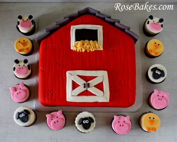 A Barnyard Party: Barn Cake, Farm Animals Cupcakes. Click over for more pictures and details!