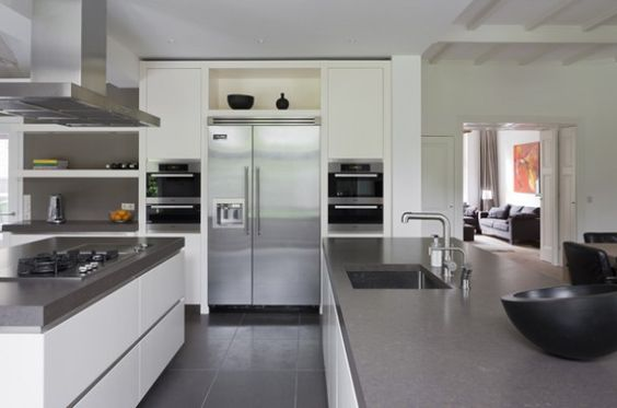Witte Keuken Met Grijs Werkblad : Dutch Modern Kitchen