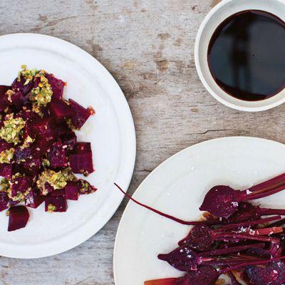 Salade de betteraves new-yorkaise Préparation : 15 minutes (1 heure pour la cuisson des betteraves) 4 portions Note de Gwyneth : C'est l'un...