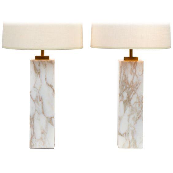 Marmortische, Tischlampen and Säulen on Pinterest