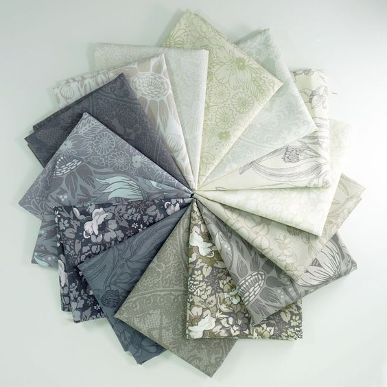 Skipping Stones – Fat Quarter Bundle