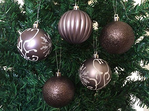 These purple Christmas ornaments are sophisticated, classy and