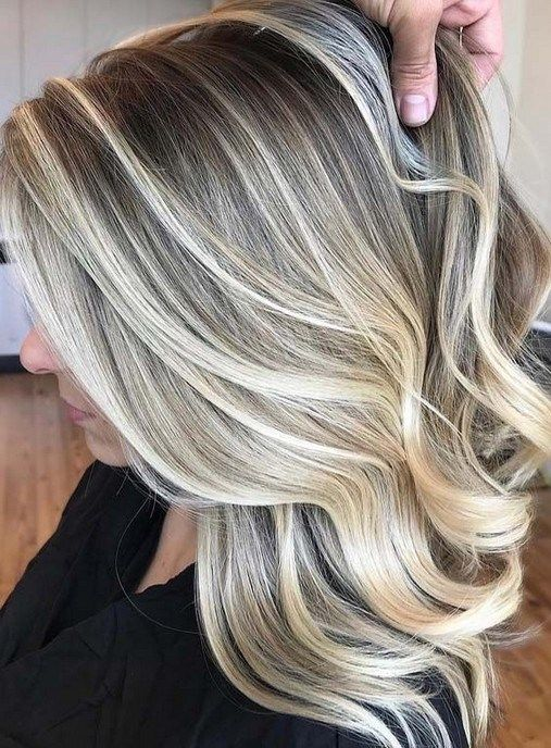 25 Bold Hair Colors To Try In 2019 Wishesbirthdayecards Com Blonde Hair Color Hair Styles Hair Color Highlights