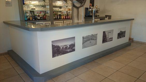 Rénovation de bar en #Planacryl avec sublimation en façade. #Rétro #Design #Bar  Fabrication en Planacryl par Solid Surface Création