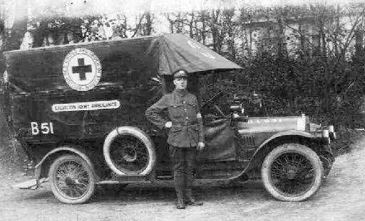Die Heilsarmee stellte mehrere Krankenwagen und Sanitätspersonal während des Ersten Weltkrieges in Frankreich.