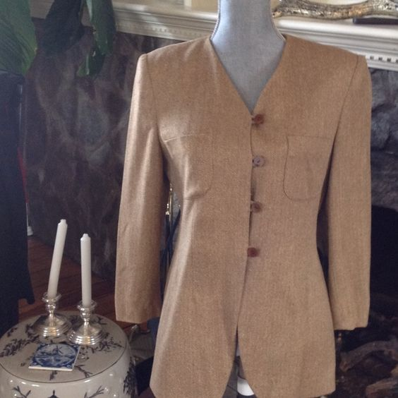 Jones of New York Brown & Cream Herringbone Blazer Blazer with two pockets.  Brown and Creme Herringbone Design. Looks Great with Riding Boots!  Please see listing for matching skirt NO TRADES NO HOLDS LOWBALL OFFERS WILL BE IGNORED Jones New York Jackets & Coats