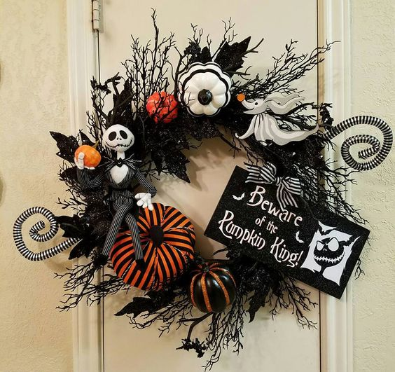 Jack skellington halloween wreath nightmare before - Jack skellington decorations halloween ...