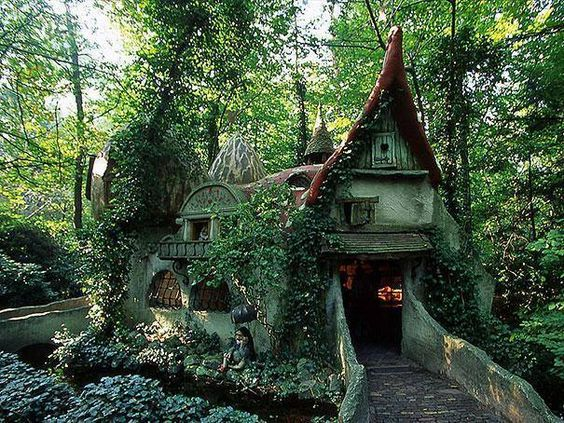 Forest House | Netherlands | Fairy Tale Cottage