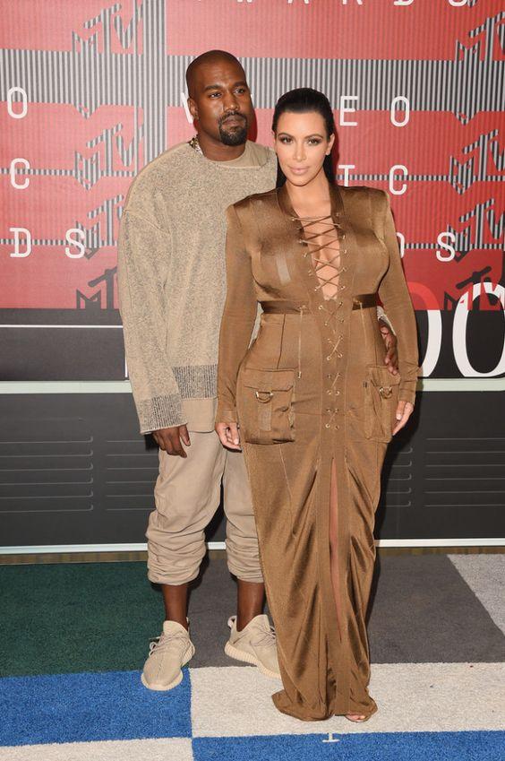 2015+MTV+Video+Music+Awards+Arrivals-kanye-west-kim-kardashian