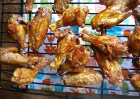 the preppy paleo: Crispy Paleo Chicken Wings (Recipe Revisit)