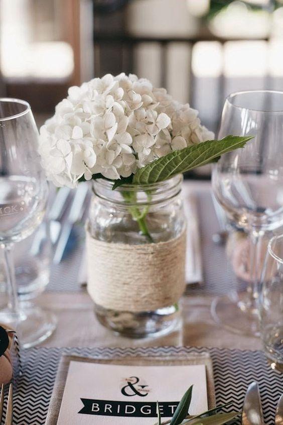 Le Frufrù: Rosa con un tocco di nero per un matrimonio romantico e glamour