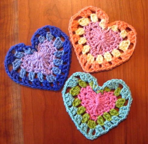 Free Crochet Granny Heart Pattern : Bags, Ravelry and Design on Pinterest
