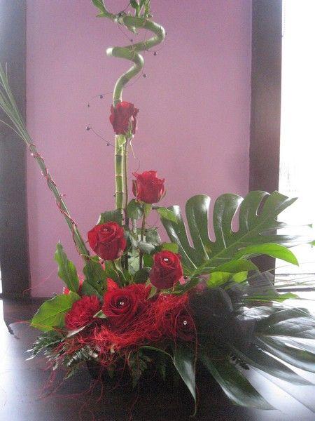 Floral arrangements valentines and floral on pinterest for Flower arrangements for valentines