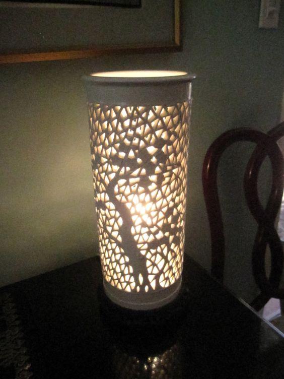 Gorgeous Vintage Blanc De Chine Ceramic Lotus Lamp