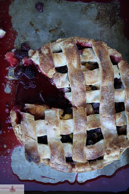 Deep Dish Blackberry Peach Pie