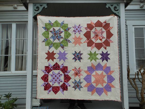 We are swooning over this Swoon (modified) Quilt pieced and quilted with #Aurifil 50wt by Capitola Quilter! http://capitolaquilter.blogspot.com/2012/08/complete-starred-swoon.html
