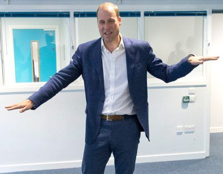 Prince William Attempts The Wave, Teenage Dance Instructor Gives Him Generous 5 Out of 10 | E! News