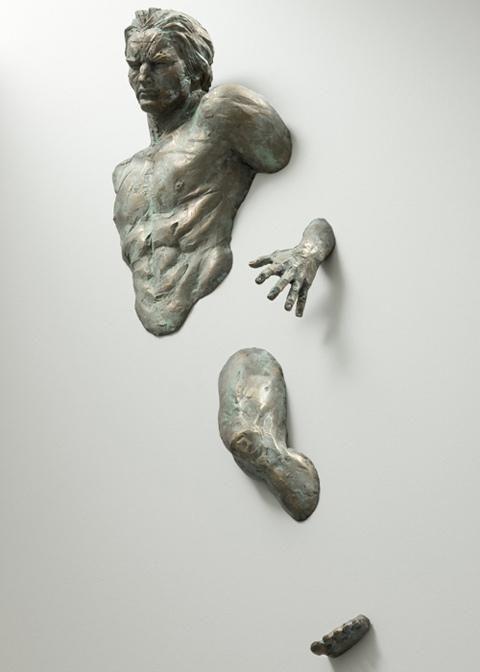 Esculturas integradas en paredes