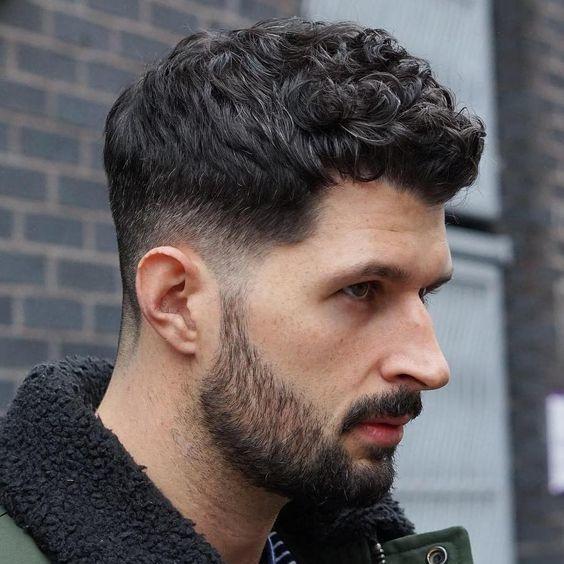 Pin De Jose Velasquez En Barbas En 2019 Cabello Ondulado